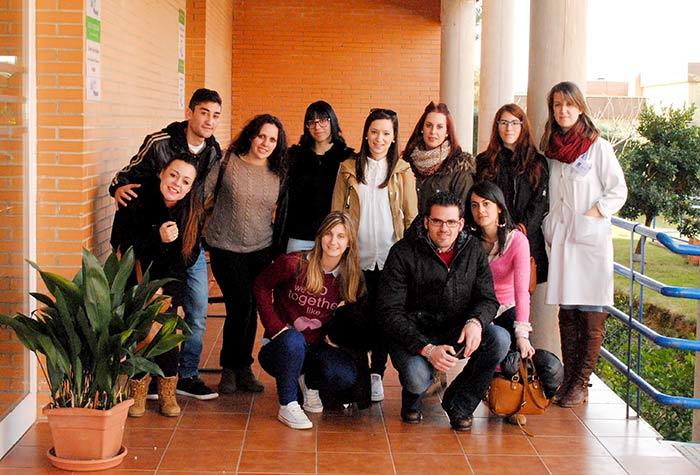 Curso A. Sociosanitaria de Serradilla visita la Asociación PLACEAT