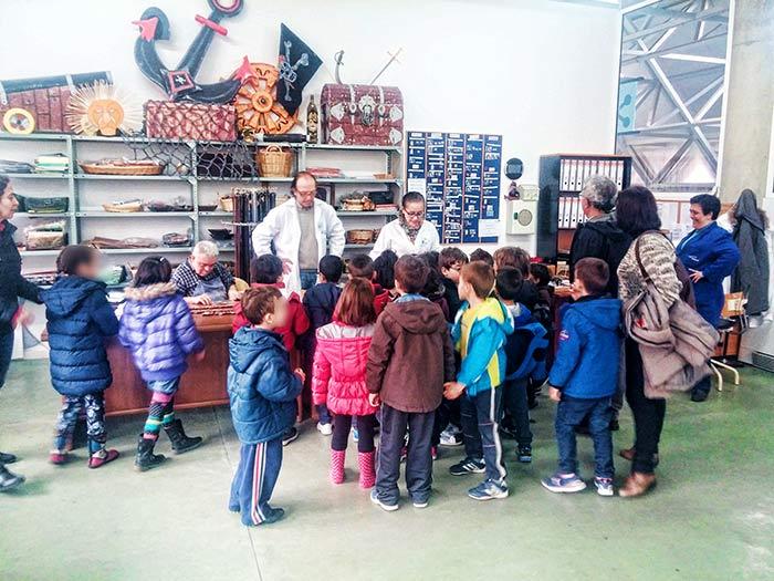 """Visita del Colegio de Educación Infantil """"San Miguel"""" de Plasencia"""