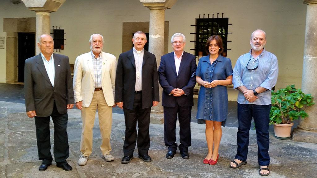 Los Patronos de la Fundación Placeat, Directivos de la Asociación PLACEAT, se entrevistan con el Sr. Obispo de Plasencia, Monseñor José Luis Retana Gozalo.