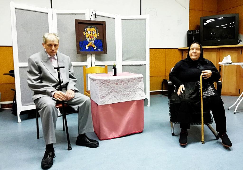 Actuación del Grupo de Teatro de PLACEAT en el Centro de Atención Sociosanitario de Plasencia