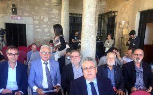 Imagen de Francisco de Jesús Valverde y Casimiro A. López, de Placeat, en el Debate sobre Europa de Yuste