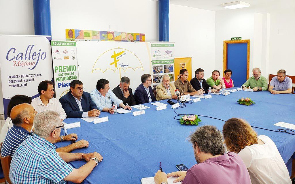 Imagen de la Mesa con las personas que intervinieron en la Rueda de Prensa de los Premios de la Fundación PLACEAT del año 2019