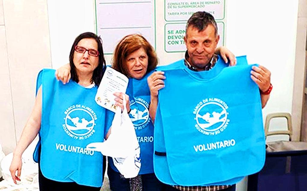 Voluntarios en Mercadona con el Banco de Alimentos 2019