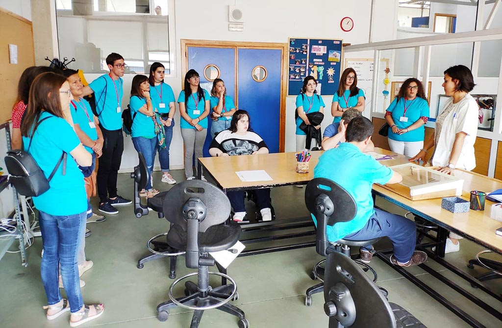 Las alumnas del Curso de Aliseda en el Centro de Día de PLACEAT