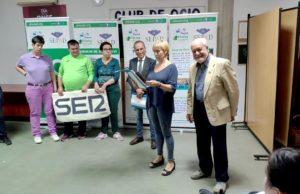 Entrega del Tapiz Placeat a la Cadena SER